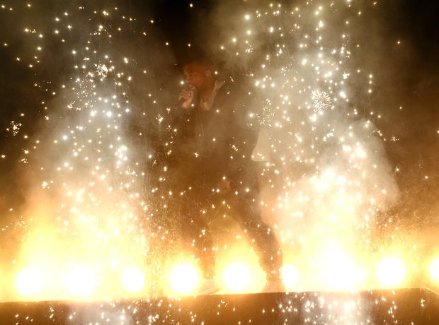 Kanye West Billboard Music Awards 2015 Performance