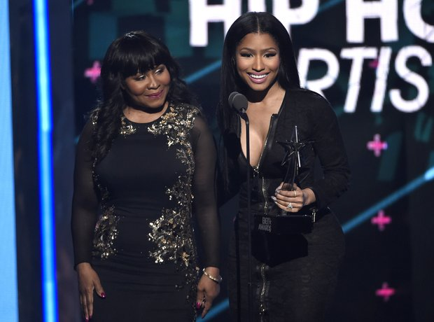Nicki Minaj and Mum BET Awards 2015