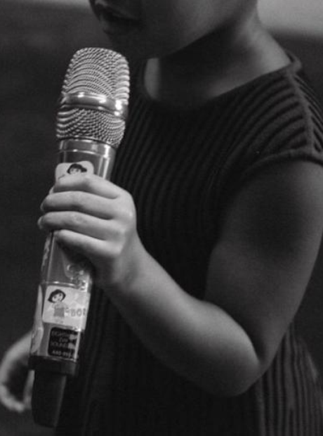 Blue Ivy Beyonce Microphone