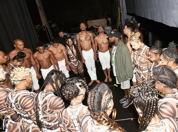 Beyonce dancers backstage