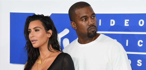 Kim Kardashian Knaye West MTV VMAs 2016 Red Carpet
